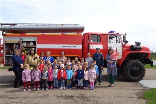 В образовательных учреждениях Яльчикского района проводится месячник пожарной безопасности