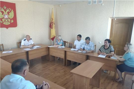 В прокуратуре Яльчикского района проведено заседание межведомственной рабочей группы по вопросам противодействия правонарушениям и преступлениям в экономической и социальной сферах