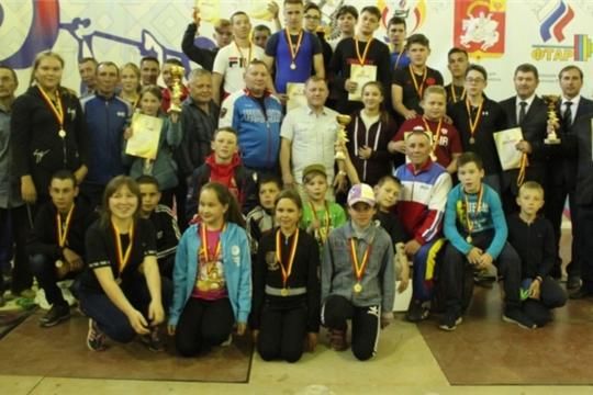 Состоялось первенство Чувашии по тяжелой атлетике среди юношей и девушек 2002 г.р. и моложе в зачет Спартакиады школьников