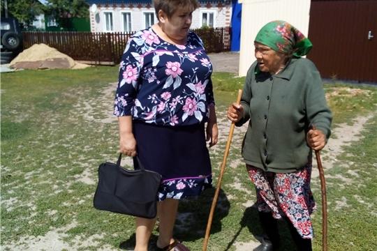 Одинокие  маломобильные граждане, достигшие 80 лет и более, не остаются без внимания