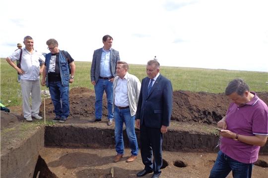 Археологи Чувашского Государственного института гуманитарных наук продолжают раскопки. Объект их исследования — городище «Большая Таяба» (Аслă Таяпа)