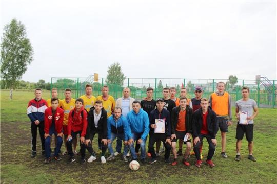 В селе Яльчики состоялся районный спортивный фестиваль «День физкультурника»