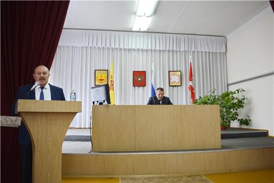 Приемка образовательных организаций к новому учебному году - главная тема еженедельного совещания у главы администрации Яльчикского района