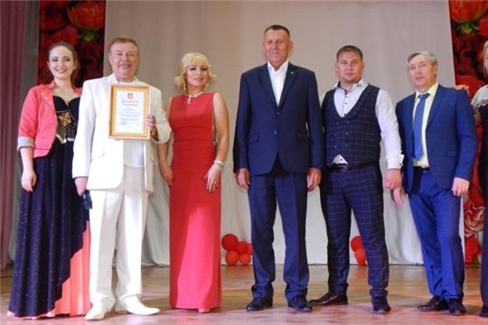 Заслуженный артист Чувашии Виктор Петров подарил жителям Яльчикского района прекрасный культурный вечер