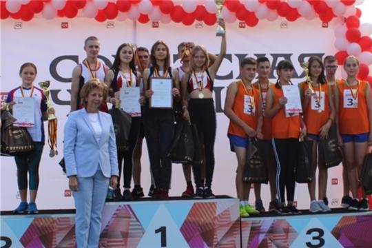 Команда Большетаябинской ООШ - победительница 81-й легкоатлетической эстафеты газеты «Советская Чувашия»
