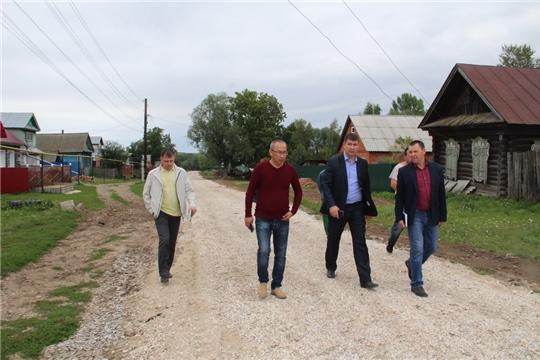 Глава администрации Цивильского района Игорь Николаев проинспектировал ход выполнения ремонтных работ дорог в районе
