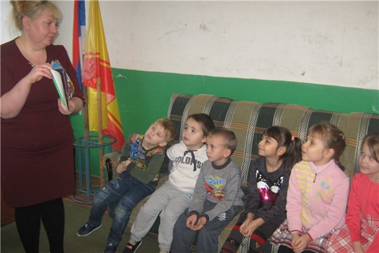 Литературный час «И девчонки и мальчишки, все на свете любят книжки» в Мирёнской сельской библиотеке