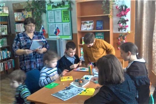 Час общения «Вместе почитаем, вместе поиграем» в Междуреченской библиотеке