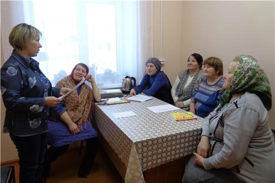 «Эти встречи так трогают душу»: встреча с участниками клуба по интересам «Бабушки-старушки»