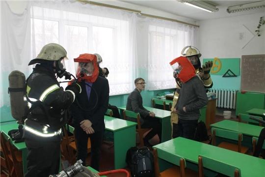 Прошло пожарно-тактическое учение в МБОУ «Ахматовская СОШ»