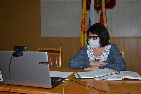 Глава администрации Алатырского района Нина Шпилевая провела совещание с главами сельских поселений в режиме видеоконференции