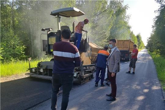 """В Алатырском районе ведется ремонт автодороги """"Аниш-Атрать"""""""