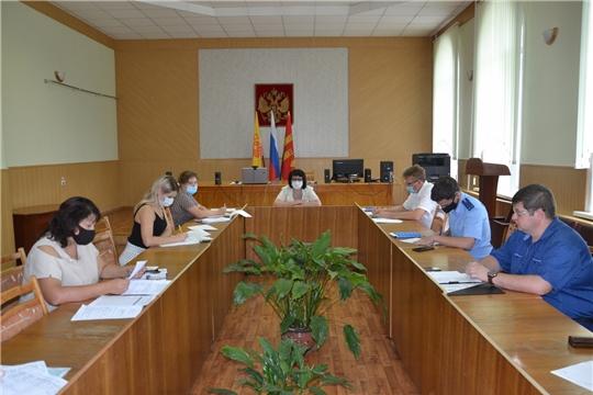 В администрации Алатырского района состоялось заседание межведомственной комиссии по вопросам повышения доходов консолидированного бюджета