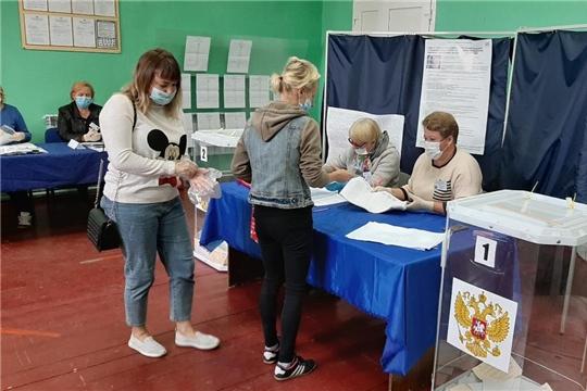 Явка избирателей в Алатырском районе на 18 часов составила 80,65 %