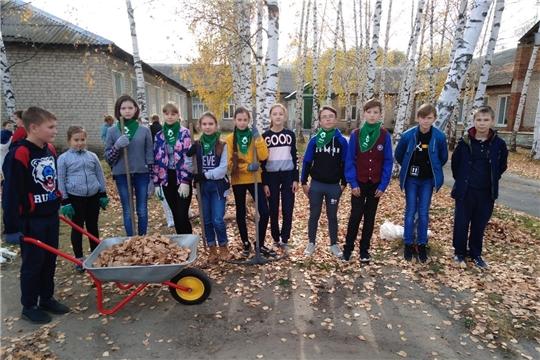Экодесант Алтышевской средней школы провёл уборку территории