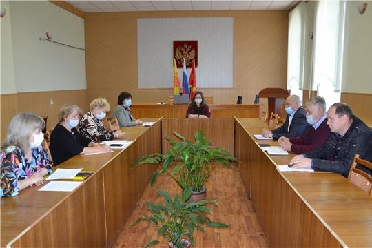 Состоялось заседание трехсторонней комиссии по регулированию социально-трудовых отношений Алатырского района