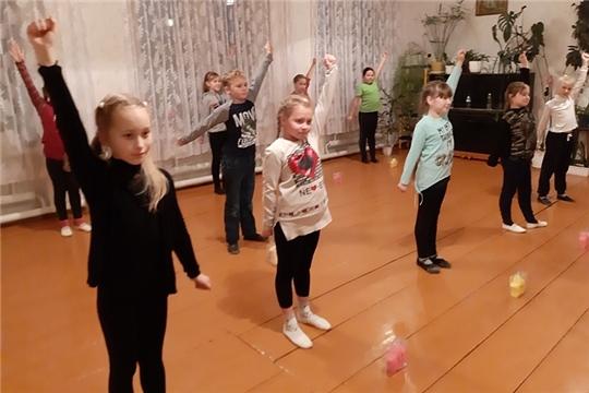 Физкультурно-оздоровительный урок в Октябрьском сельском Доме культуры