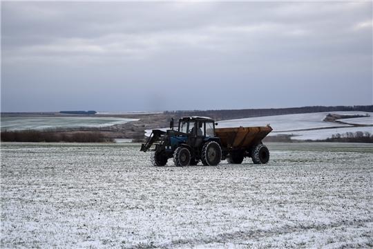 В ООО «Митра» продолжают подкормку озимой пшеницы