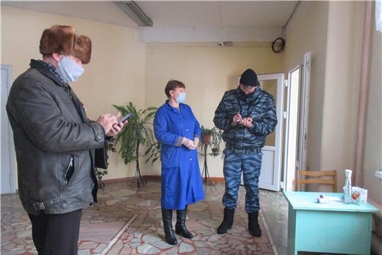 Члены мобильных групп продолжают выезды по сельским поселениям Алатырского района