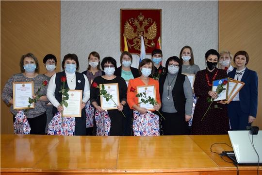Награды за добрые дела получили волонтеры Алатырского района