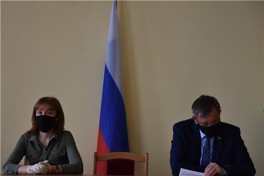 В Аликовском районе проведено совещание по предупреждению, недопущению завоза  и распространения COVID-19 с участием министра труда и социальной защиты Чувашии