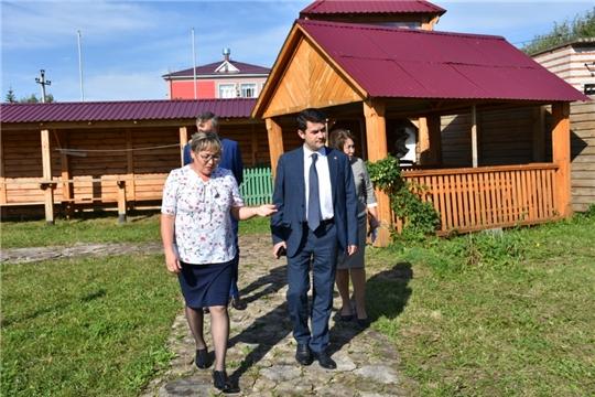 Дмитрий Краснов с рабочим визитом посетил Аликовский район