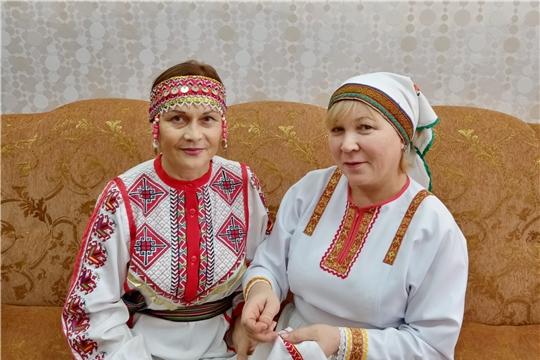 Мастерицы Аликовского района присоединились  к акции «Сурпан Пĕрле»