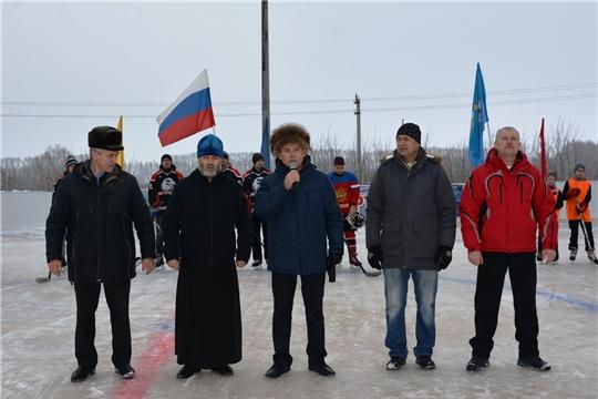 Состоялось открытие современной хоккейной коробки в с.Первомайское