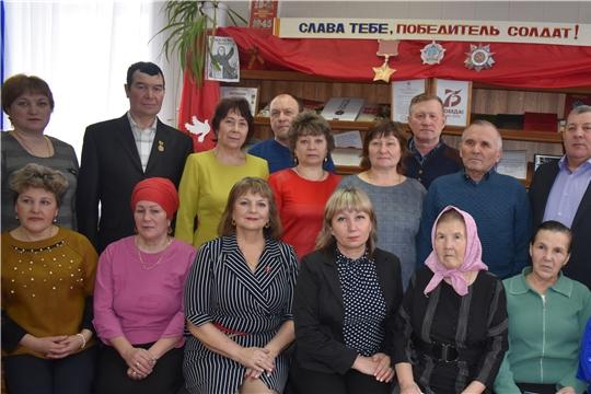 20 жителям района вручены удостоверения «Ветеран труда»