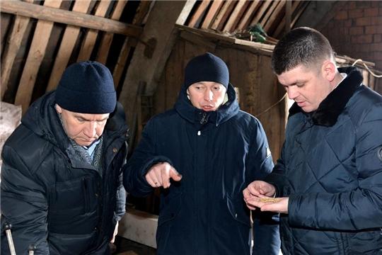 Заместитель главы администрации Батыревского района проинспектировал готовность семенного фонда в хозяйствах района