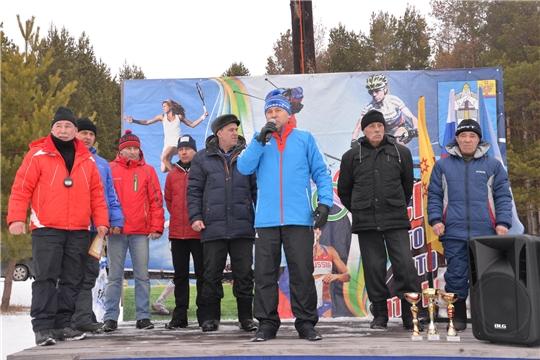 Глава администрации района Р.Селиванов приветствовал участников соревнований