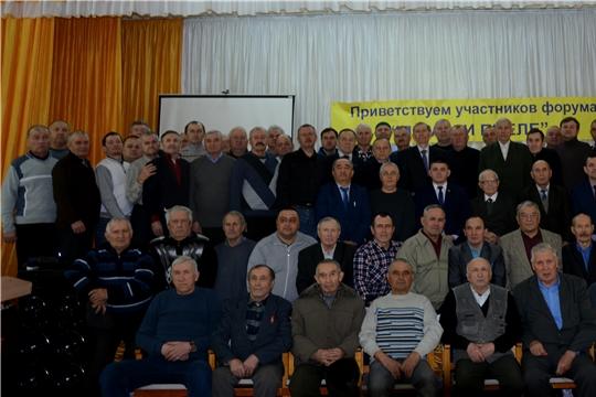 В Батыревском районе проведен форум пчеловодов южных районов республики