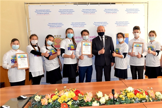 Команда учащихся 9 класса «Шыгырданская СОШ №1»- победитель районного конкурса на лучшую организацию школьной флешмоб- акции антинаркотической направленности
