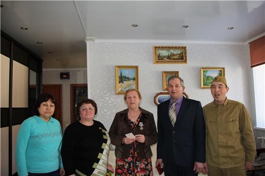 Ветеранам п. Кугеси Чебоксарского района были вручены юбилейные медали «75-лет  Победы в Великой Отечественной войне 1941-1945 гг.