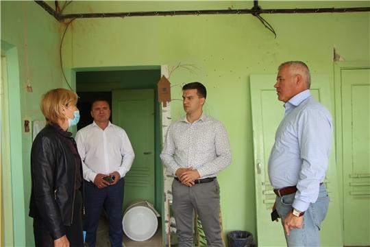 Глава администрации Чебоксарского района Николай Хорасев проконтролировал ход капитального ремонта в двух дошкольных образовательных учреждениях