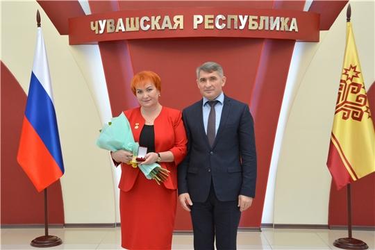 Олег Николаев наградил лучших работников сельского хозяйства