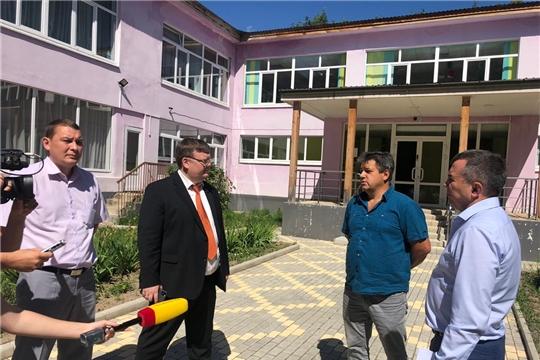 Депутаты изучили развитие проблемных строительных объектов города