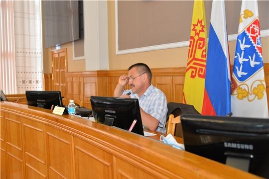 Постоянные комиссии ЧГСД начали изучать проекты решений