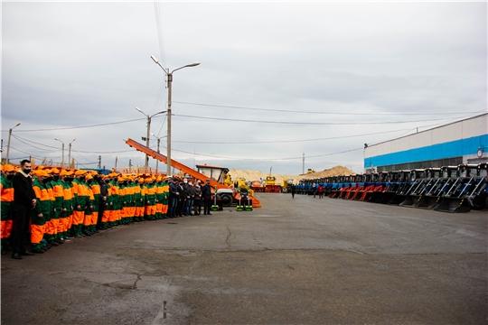 В канун Дня работника дорожного хозяйства АО «Дорэкс» продемонстрировал силу и мощь снегоуборочной техники