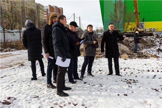 «Проблемные» объекты строительства изучили члены профильной комиссии Чебоксарского городского Собрания депутатов
