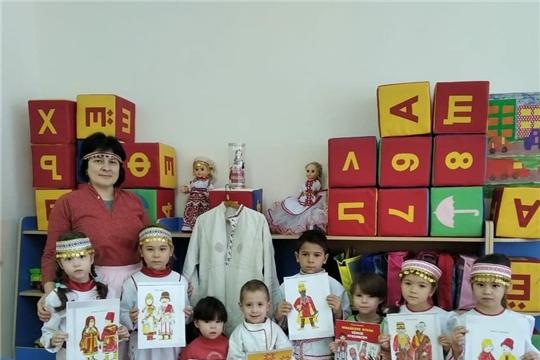 Ребята из Козловского района приняли участие в мероприятиях ко Дню чувашской вышивки