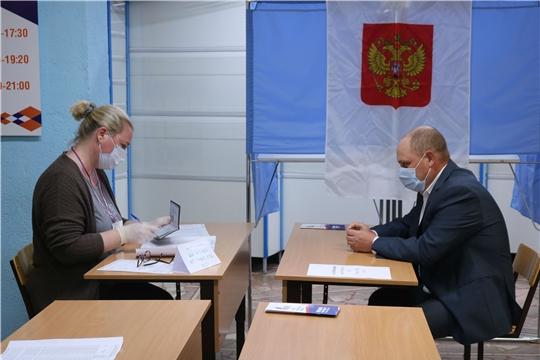 Директор ГУП «Чувашгаз» Сергей Варлашкин принял участие в голосовании по поправкам в Конституцию