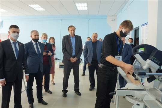 В Чебоксарском техникуме транспортных и строительных технологий открыли специализированные мастерские в рамках нацпроекта «Образование»