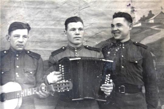 Чебоксарская ГЭС поздравила ветерана войны А.И.Кулагина с Днем защитника Отечества