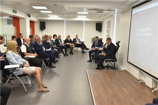 Олег Николаев обсудил с представителями сферы торговли и общепита их объединение в ассоциацию и цифровое продвижение