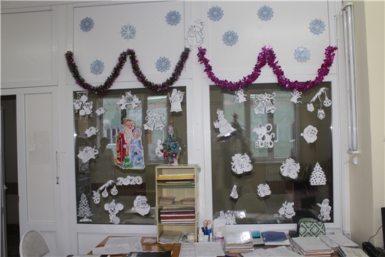 В канун Нового года в Алатырской центральной районной больнице определили победителей конкурса на лучшее новогоднее оформление