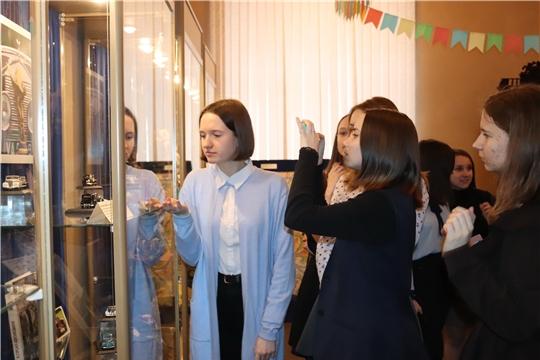 В Алатырском краеведческом музее открылась выставка «Моя отдушина»
