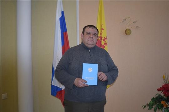 В алатырском отделе ЗАГС поздравляли мужчин, ставших родителями накануне Дня защитника Отечества