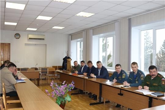 В алатырской администрации состоялось заседание двух комиссий – противопаводковой, а также по чрезвычайным ситуациям и обеспечению пожарной безопасности