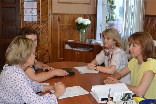 С рабочим визитом Алатырь сегодня посетила министр труда и социальной защиты Чувашской Республики А.Г. Елизарова